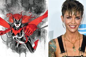 Diễn viên đồng tính Ruby Rose xóa tài khoản Twitter vì nhận đầy 'gạch đá' cho vai Batwoman