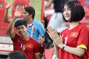 Hòa Minzy có mặt cổ vũ cho Công Phượng và U23 Việt Nam thi đấu thăng hoa trận ra quân ASIAD 2018