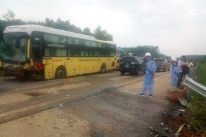 Tai nạn giao thông nghiêm trọng trên cao tốc Nội Bài - Lào Cai