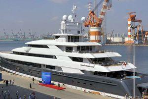 Hạ thủy du thuyền lớn nhất Châu Á