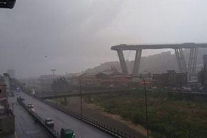 Sập cầu đường bộ tại Italia, nhiều người và xe cộ bị chôn vùi