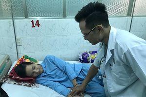 Chuyển máy lọc máu xuyên đêm từ TP.HCM lên Gia Lai cứu tân binh nguy kịch