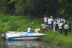 Phát hiện thi thể nam du khách nước ngoài nổi trên sông Hương