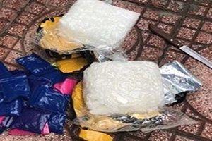 Hà Nội: Vây bắt nhóm đối tượng vận chuyển ma túy liên tỉnh