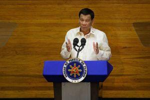 Philippines tuyên bố không cần 'xin phép' Trung Quốc để đi qua Biển Đông