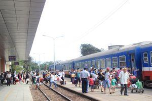 TP.HCM: Lễ 2/9 ga tàu giảm giá vé, bến xe tăng 40%