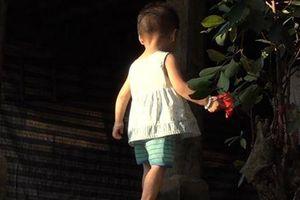 Bé gái 18 tháng tuổi ở Phú Thọ nhiễm HIV khiến bố mẹ bàng hoàng