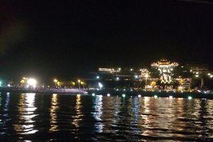 HOT: Người dân Quảng Ninh sẽ được ngắm trọn hoa đăng lung linh cực đẹp ở chùa Cái Bầu