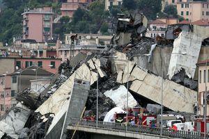 Sập cầu cao tốc ở Ý, ít nhất 35 người tử vong