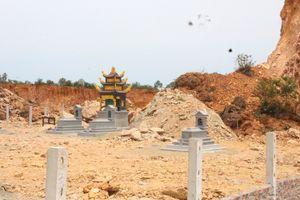 Khai thác đất xâm hại nghĩa trang