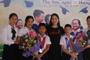 Phú Thọ:Ngôi trường có 2 HS giành huy chương cuộc thi Olympic Toán