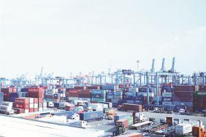 Những vấn đề đặt ra khi quy hoạch cảng biển khu vực phía Nam - Bài 1: Cảng biển phía Nam - nơi quá tải, nơi đìu hiu