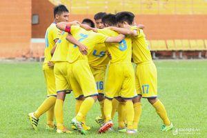 Thắng đậm An Giang, U15 SLNA giành vé vào bán kết