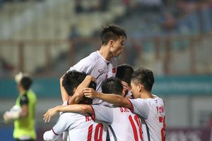 Rời cuộc chơi ASIAD, HLV Nepal thừa nhận thua toàn diện Olympic Việt Nam