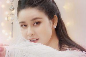 Nhan sắc 'vạn người mê' của Trương Quỳnh Anh trong MV cổ trang mới