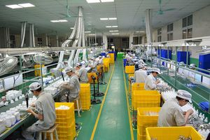 Tăng trưởng kinh tế Việt Nam có thể sụt giảm những tháng cuối năm