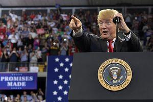 TT Trump cứng rắn phản bác liên minh báo chí 'trái chiều'