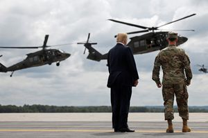 Lý do cuộc duyệt binh vũ khí hạng nặng Mỹ bất ngờ trì hoãn?