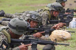 Mỹ cảnh báo Philippines không mua vũ khí Nga