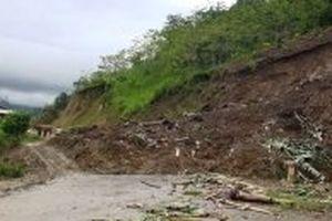 Hoàn lưu bão số 4 gây thiệt hại ở nhiều địa phương
