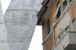 Vụ sập cầu như 'tận thế' ở Italia: Sai lầm từ thiết kế?