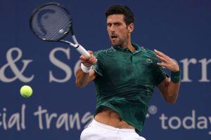 Novak Djokovic chưa thể vào tứ kết Cincinnati Masters do trời mưa