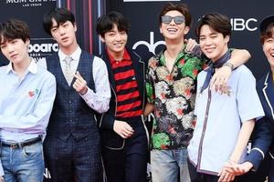 Ban nhạc K-Pop BTS đánh bại kỷ lục mạng của Justin Bieber