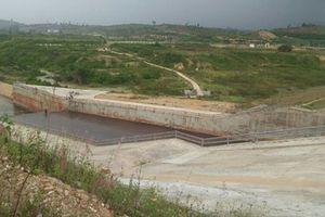 Trục lợi ở dự án hồ thủy lợi gần 3.000 tỷ, 3 cán bộ xã bị bắt