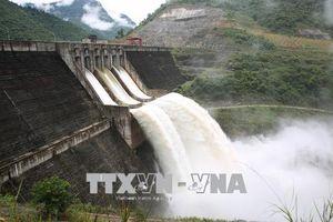 Khẩn cấp bảo đảm an toàn khi xả lũ hồ thủy điện lớn nhất Nghệ An