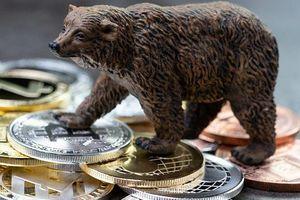 Giới đầu cơ đang bán khống mạnh Bitcoin