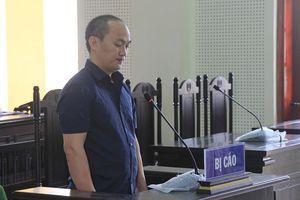 'Cõng' thuê 2kg ma túy đá lấy 5 triệu đồng tiền công