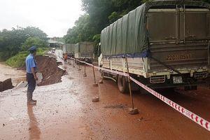 Ảnh hưởng của bão số 4, QL6 qua địa bàn Sơn La liên tục sạt lở