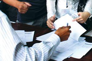 Đào tạo cán bộ có phải chọn nhà thầu cung cấp dịch vụ?
