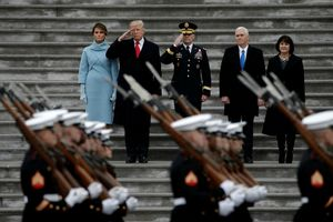 Hủy kế hoạch duyệt binh, Tổng thống Trump trách chính quyền thủ đô đặt giá cao