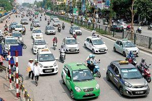 Hiệp hội taxi đặt nghi vấn về khả năng Bộ trưởng Nguyễn Văn Thể 'bị qua mặt'
