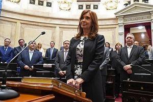 Cáo buộc nhận hối lộ từ nhiều công ty của cựu Tổng thống Argentina