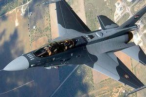 Phiến quân IS Syria hứng đòn không kích từ Iraq