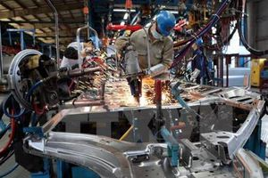 Doanh nghiệp cần làm gì để cải thiện năng suất lao động?