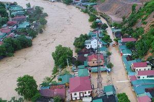 Nghệ An: Mưa lũ khiến 5 người chết, nhiều vùng bị cô lập