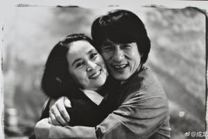 Thành Long gửi tặng vợ món quà đặc biệt sau 36 năm kết hôn