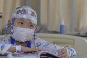 Bé gái 8 tuổi đã bị mắc bệnh ung thư, nguyên nhân vì nhiễm độc từ các đồ vật trong nhà
