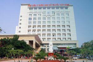 Học viện Y dược học cổ truyền Việt Nam trao bằng tốt nghiệp cho 502 học viên