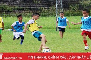 Hơn 200 thí sinh Hà Tĩnh dự tuyển vào Học viện Bóng đá Juventus Việt Nam