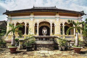 Cận cảnh ngôi nhà cổ hơn 100 năm tuổi trên đất cù lao