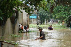 Bão số 4 làm 3 người chết và mất tích, nhấn chìm hàng ngàn ngôi nhà tại Thanh Hóa
