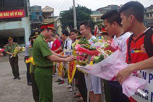 Khởi tranh Giải bóng đá mini lực lượng vũ trang Công an quận Hoàn Kiếm lần thứ IV