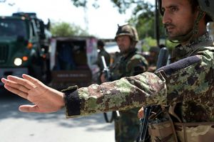 Taliban chặn 3 xe buýt, bắt cóc hàng trăm người tại miền Bắc Afghanistan