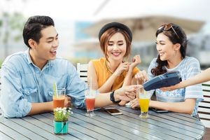 Thẻ tín dụng - công cụ quản lý chi tiêu thời hiện đại
