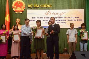 Báo Lao Động đạt giải báo chí toàn quốc về ngành Tài chính