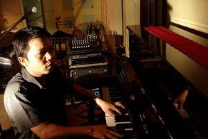 Nhạc sĩ Trần Quế Sơn chia sẻ mối lương duyên phổ thơ Bùi Giáng